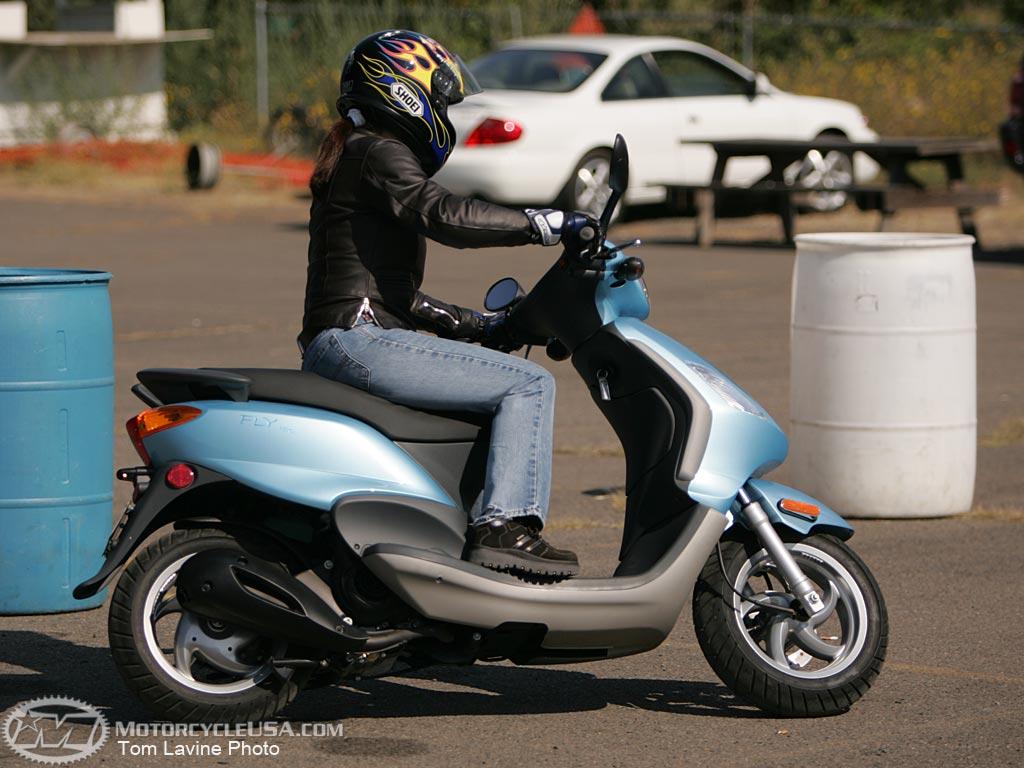 piaggio zip 50cc scooterfun rentals your scooter rental company kalymnos greece. Black Bedroom Furniture Sets. Home Design Ideas